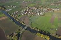 Bovenschelde met her dorp Helkijn.